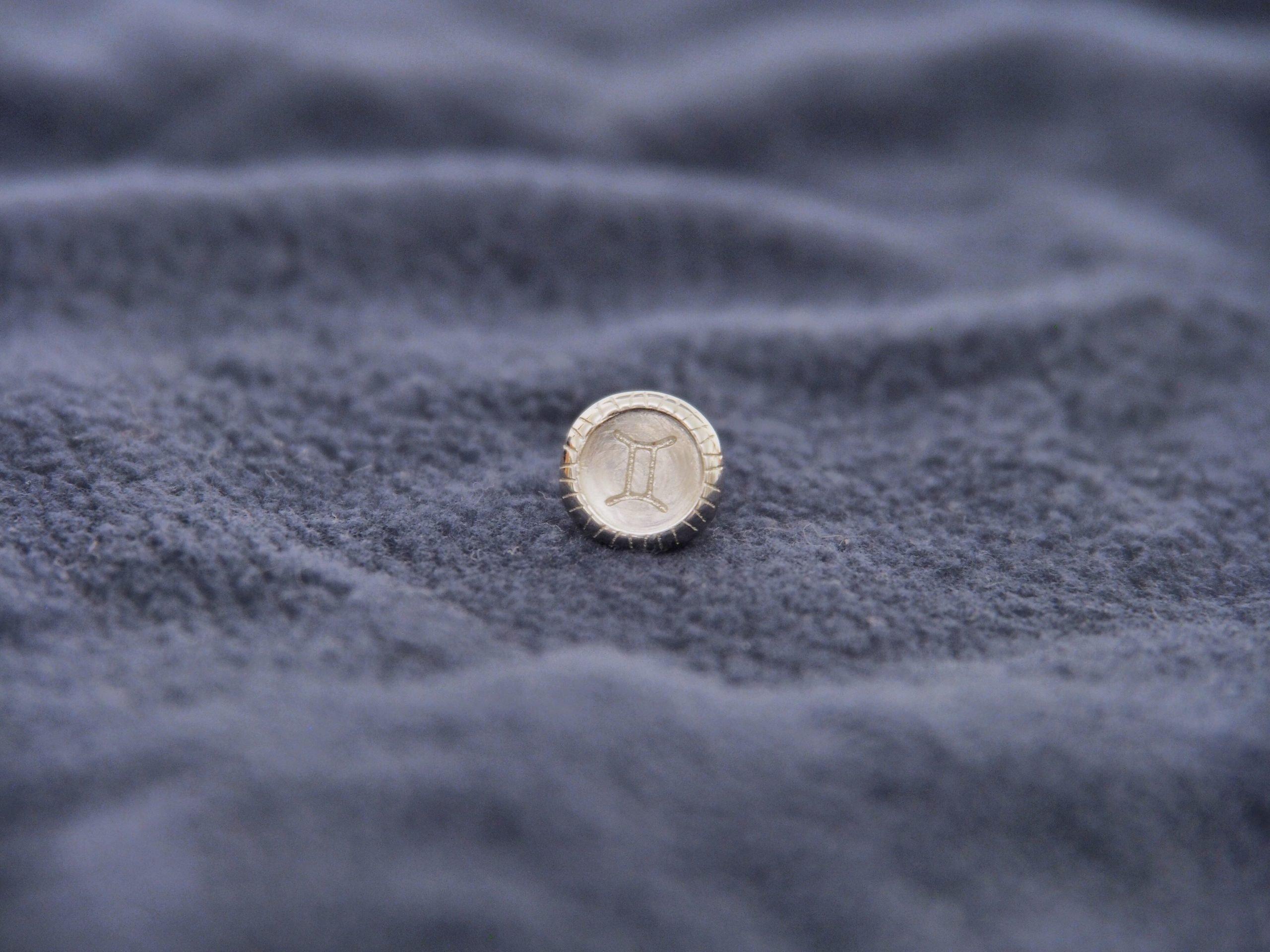 雙子座純銀扣配彈性手環 Image