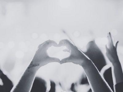 【占星.星座】十二星座男人的示愛方式